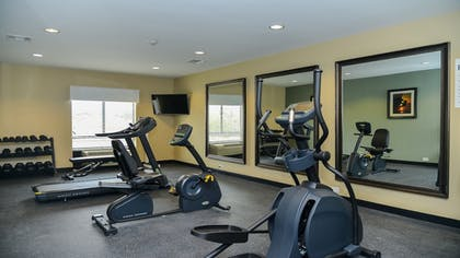 Fitness Facility | Holiday Inn Express & Suites Cuero