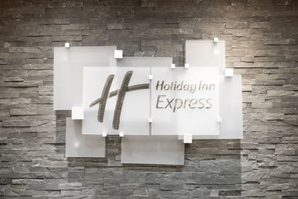 Interior Detail | Holiday Inn Express & Suites Norman