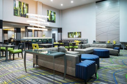 Lobby | Holiday Inn Express & Suites Norman