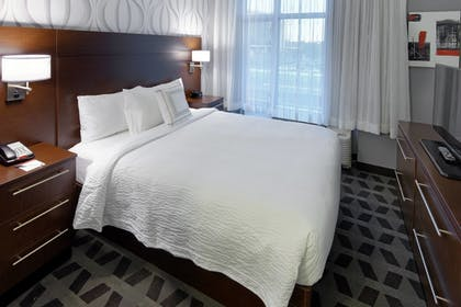 Guestroom   TownePlace Suites Springfield