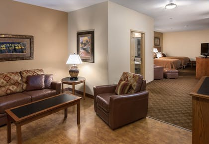 Living Area | The Lodge at Deadwood Gaming Resort
