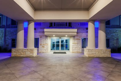 Exterior | Holiday Inn Express & Suites Killeen - Fort Hood Area