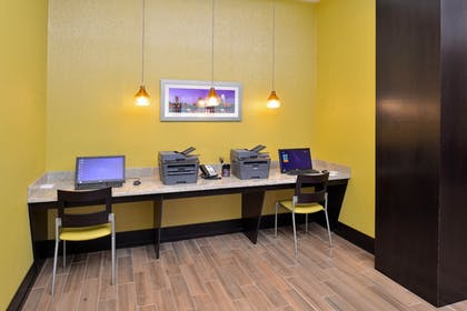 Miscellaneous | Holiday Inn Express & Suites Austin South