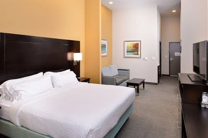 Room | Holiday Inn Express & Suites Austin South