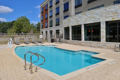 Pool | Holiday Inn Express & Suites Austin South
