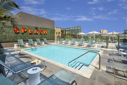 Terrace/Patio | SpringHill Suites by Marriott at Anaheim Resort/Conv. Cntr