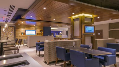 Breakfast Area | Holiday Inn Express & Suites Miami Airport East