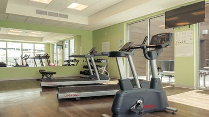Fitness Facility | Holiday Inn Express & Suites Miami Airport East