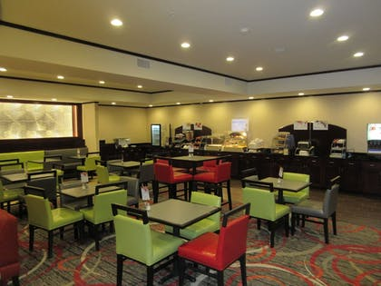 Breakfast Area | Holiday Inn Express & Suites Butler