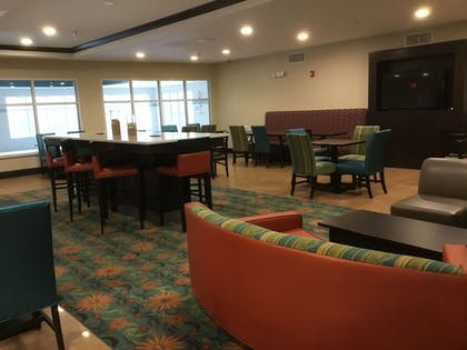 Dining | Holiday Inn Express & Suites Southport - Oak Island Area