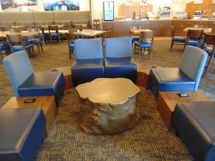 Breakfast Area | Holiday Inn Express & Suites Springville-South Provo Area