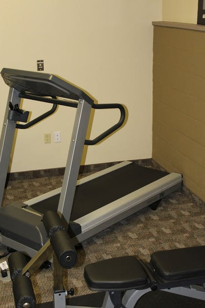 Fitness Facility | Crystal Springs Inn and Suites