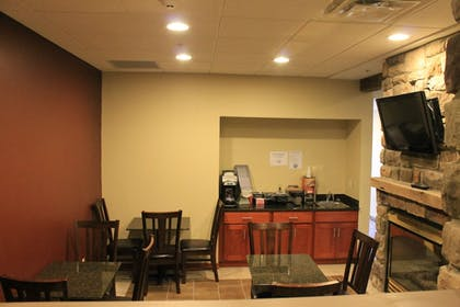 Dining | Crystal Springs Inn and Suites