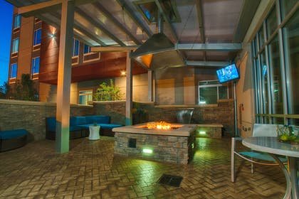 Terrace/Patio | Springhill Suites Canton