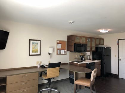 In-Room Kitchenette   Candlewood Suites Houma