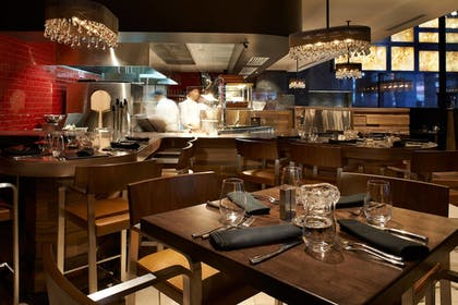 Restaurant | Metropolitan at The 9, Autograph Collection