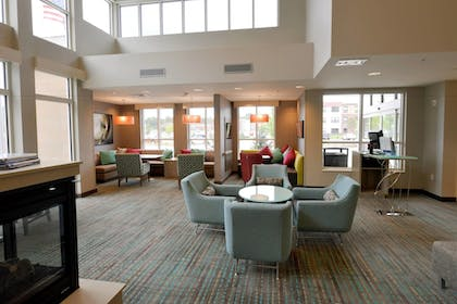 Lobby | Residence Inn by Marriott Omaha Aksarben Village