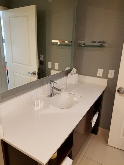 Bathroom | Residence Inn by Marriott Omaha Aksarben Village