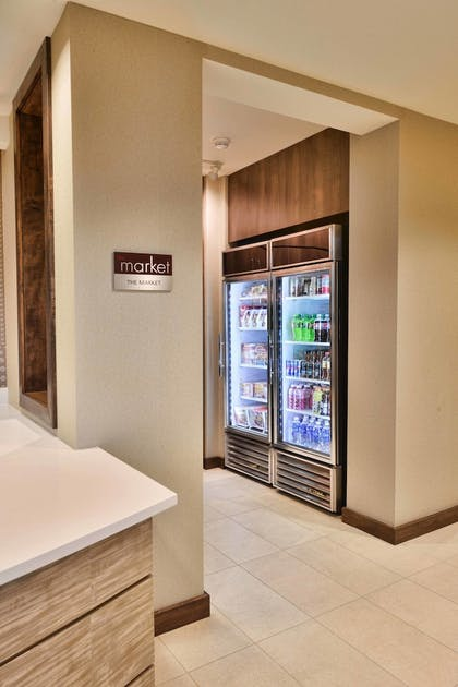 Snack Bar | Residence Inn by Marriott Omaha Aksarben Village