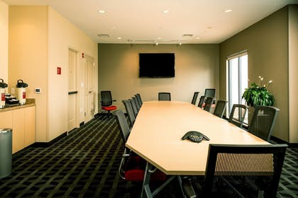 Meeting Facility | TownePlace Suites by Marriott Bangor