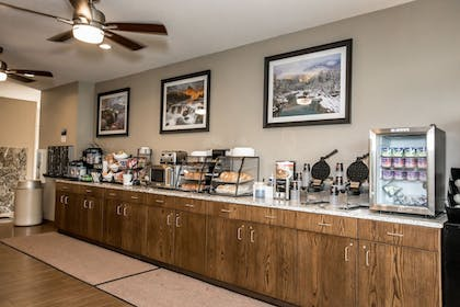 Breakfast buffet | The Pine Lodge on Whitefish River, Ascend Hotel Collection
