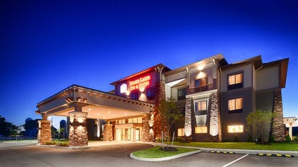 Hotel Front - Evening/Night | Best Western Plus Finger Lakes Inn & Suites