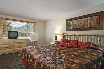 Guestroom | Discovery Lodge