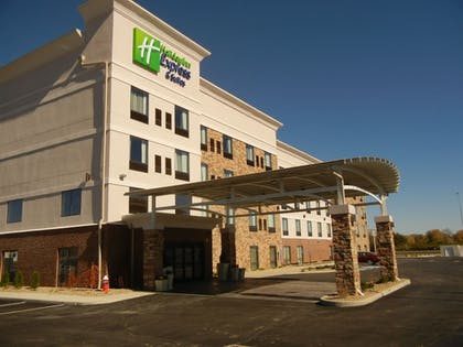 Exterior   Holiday Inn Express & Suites Sidney
