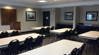 Meeting Facility | Holiday Inn Express & Suites Nevada