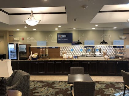 Breakfast Area | Holiday Inn Express & Suites Nevada