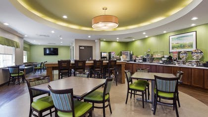 Restaurant | Best Western Plus Patterson Park Inn