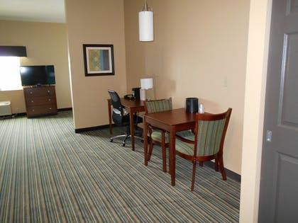 Living Area | Best Western Plus Patterson Park Inn