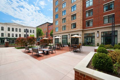 Property Grounds | Residence Inn by Marriott Richmond Downtown