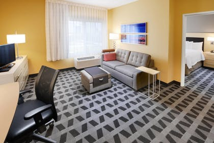 Guestroom | Towneplace Suites by Marriott Houston Westchase