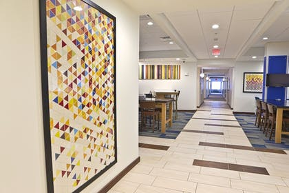Featured Image   Holiday Inn Express & Suites Monroe
