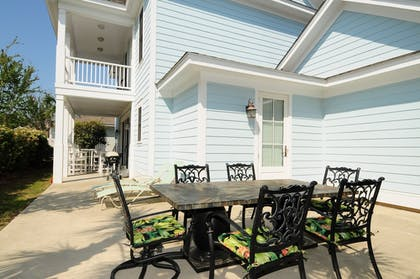 Terrace/Patio   The Cottages at North Beach Plantation