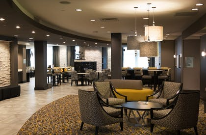 Lobby Lounge | Holiday Inn Express & Suites Madison Central