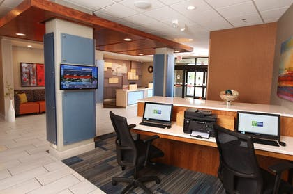 Business Center | Holiday Inn Express & Suites Omaha South - Ralston Arena