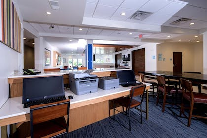 Featured Image | Holiday Inn Express & Suites Rochester Hill - Detroit Area