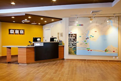Lobby | TownePlace Suites by Marriott Fort Walton Beach-Eglin AFB