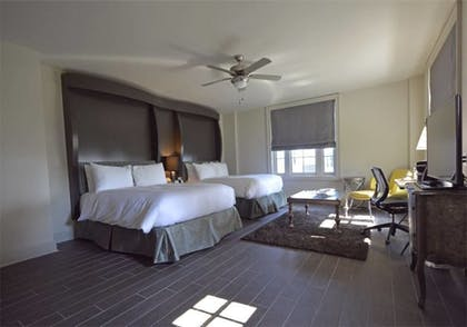 Guestroom | White House Hotel, An Ascend Hotel Collection Member