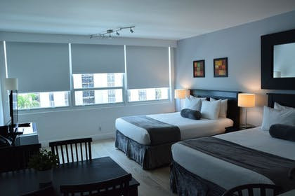 Guestroom | New Point Miami Beach Apartments