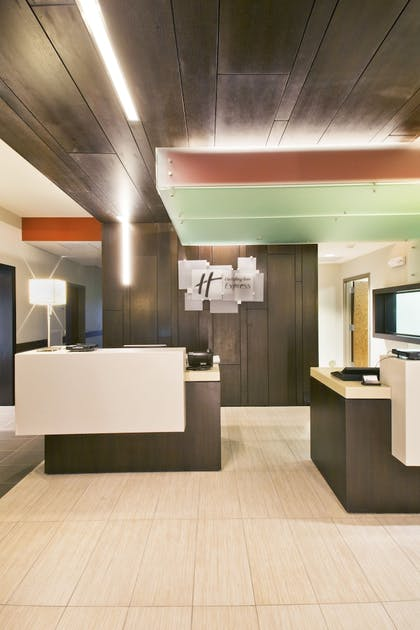 Check-in/Check-out Kiosk | Holiday Inn Express & Suites Hot Springs
