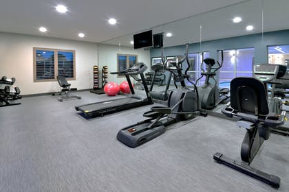 Fitness Facility | Holiday Inn Express & Suites Hot Springs