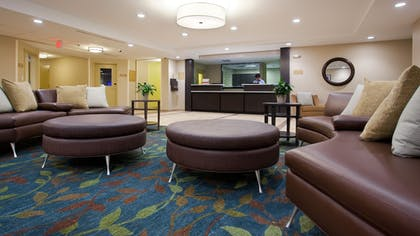 Lobby | Candlewood Suites Carrollton