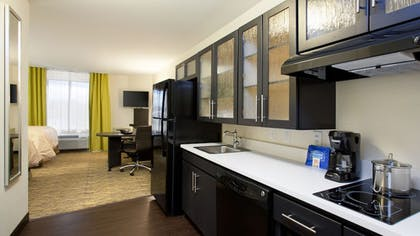 In-Room Kitchen | Candlewood Suites Carrollton