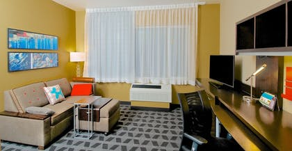 Living Room | Towneplace Suites Anchorage Midtown