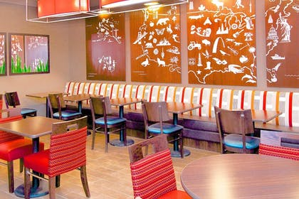 Restaurant | Towneplace Suites Anchorage Midtown