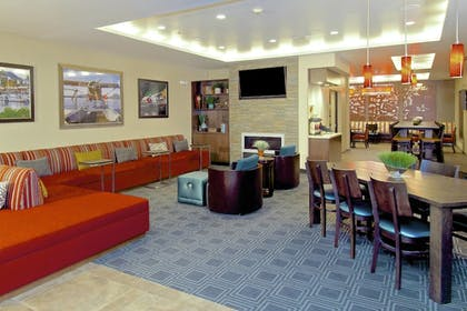Lobby | Towneplace Suites Anchorage Midtown