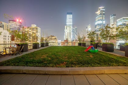 Property Grounds | Cassa Times Square Hotel
